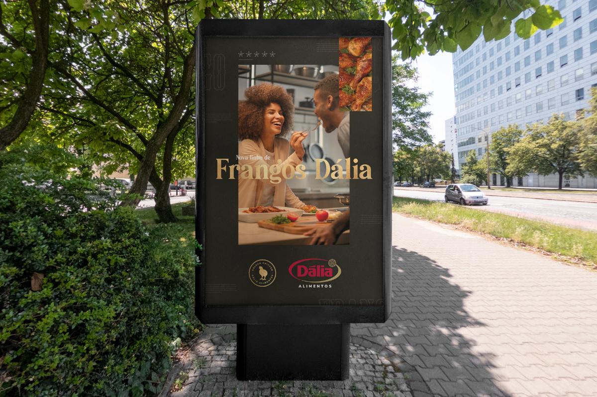 billboard-dalia-alimentos-placa-frangos-design-agencia-toyz-propaganda-publicidades